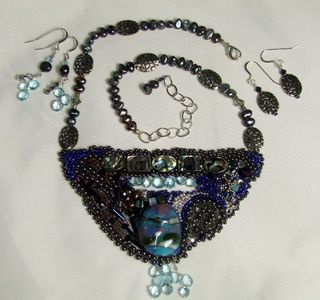 Beadwork blues with earrings full